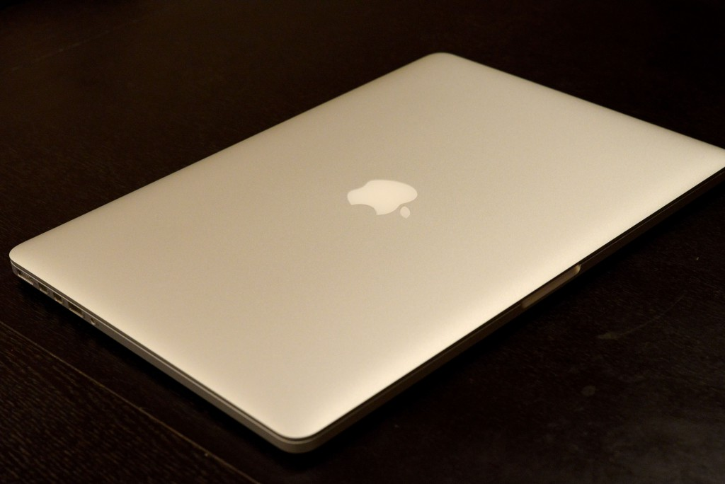 MacBookProコーティング剥がれ、たった4日間で修理が終わった
