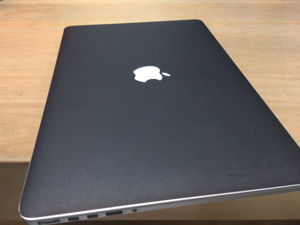 MacBook Pro(Late2013)の画面コーティング剥がれで交換修理