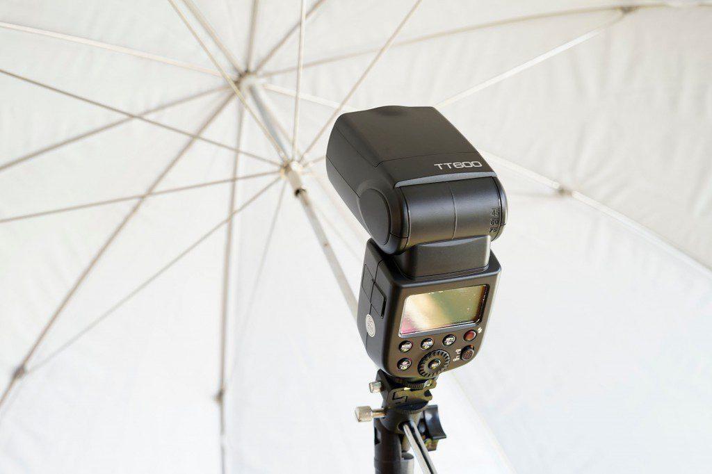 格安ストロボ Godox TT600とワイヤレストリガーX1でオフカメラライティング