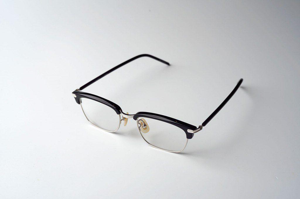 一人の眼鏡人として悩ましい、眼鏡選び
