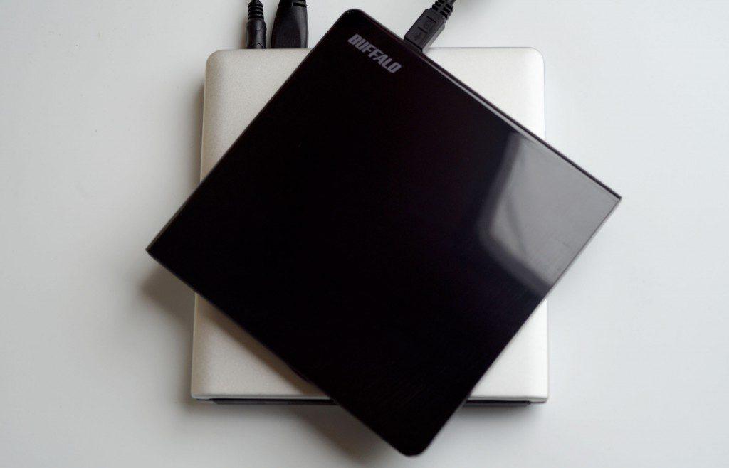 Macで使える外付けDVDドライブ「BUFFALO DVSM-PLV8U2」 読み込めない場合の対処法
