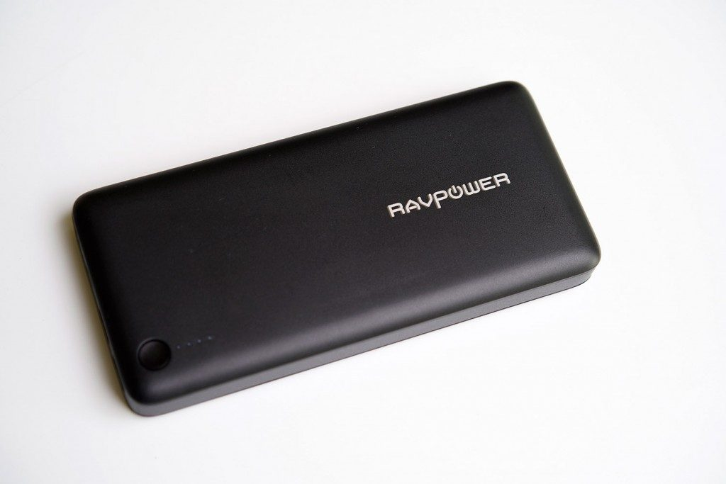 MacBook Pro 15インチにも給電可能なモバイルバッテリー RAVPower type-c 26800mAh