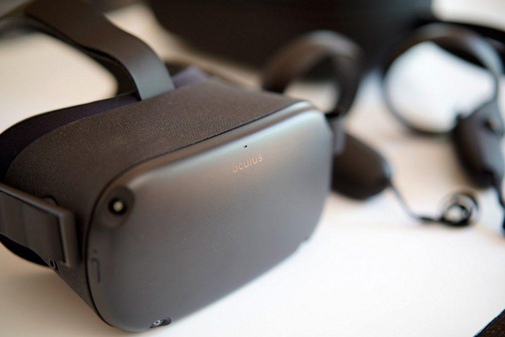 Oculus Questが届いた