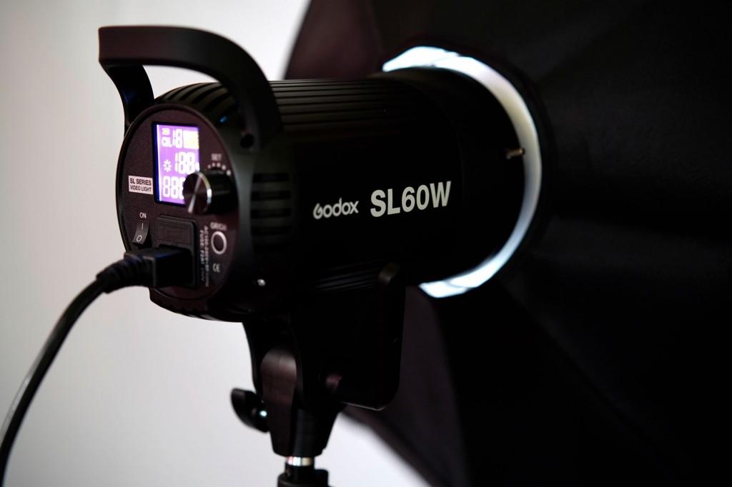 コスパ最強の定常光ライト「Godox SL-60W」を導入