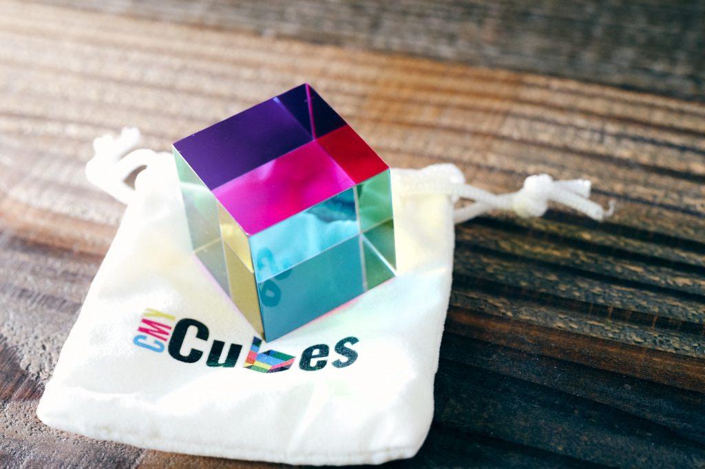 オーストラリアからCMY Cubesが到着